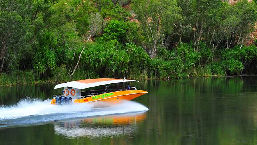 triple-j-tours-Ord-river-day-tour-scenic-cruise